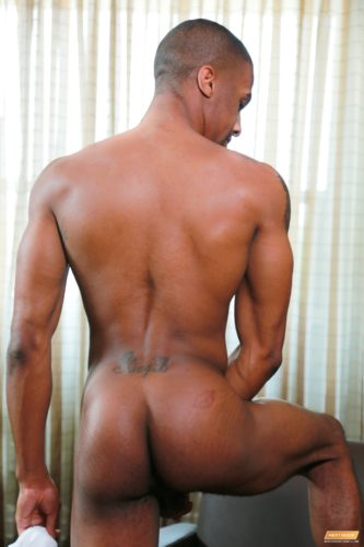 big-black-booty-male-men-man-naked